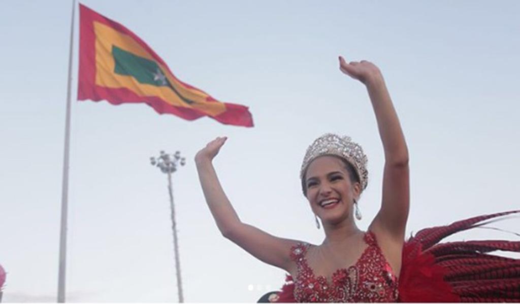 Por supuesto la alegría de la reina del Carnaval de Barranquilla, Valeria Abuchaibe Rosales, contagió a todos los asistentes.
