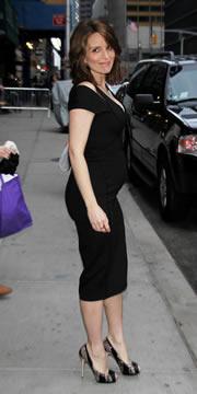 La comediante Tina Fey tuvo a su segunda hija, Penelope Athena, cuando tenía 41 años