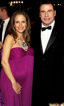 Kelly Preston, esposa de John Travolta, tuvo un hijo a sus 48 años