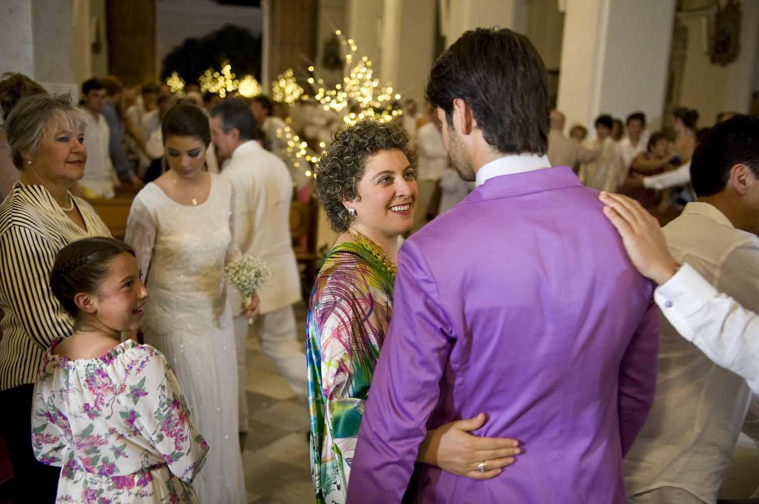 Antes de empezar la ceremonia Camilo saludó a los invitados entre los que se encontraba Ana Piñeres