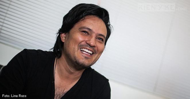 Héctor Contreras: El hombre que volvió paranormal la radio