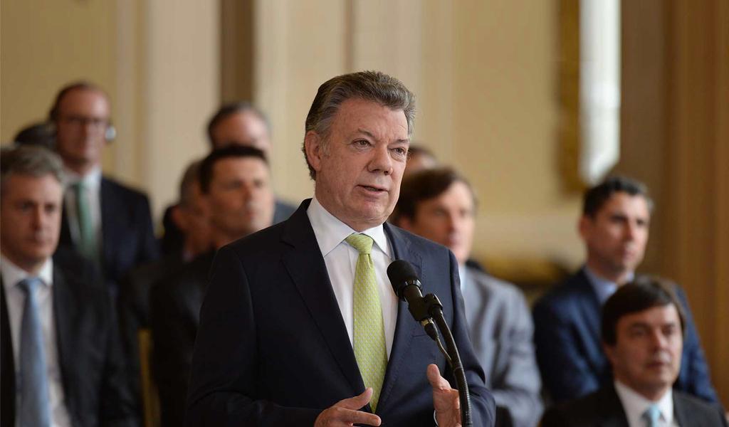 Santos ordena abrir la vía al Llano